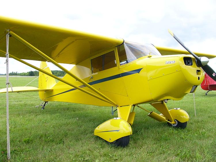VAGABOND PA-17 G-BIHT